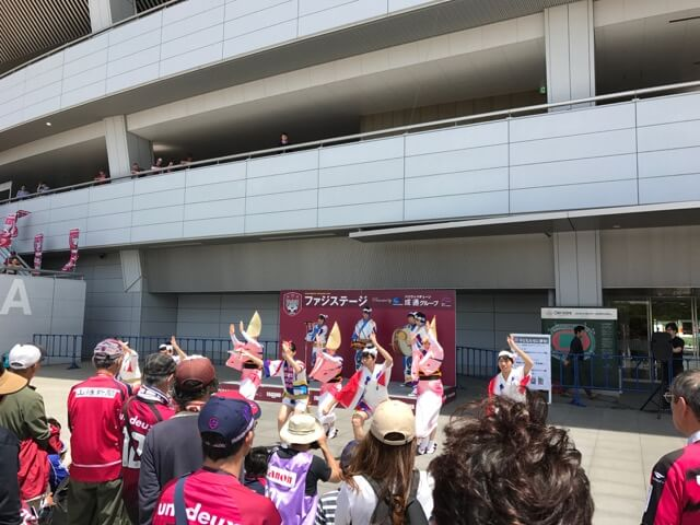 四国大学連による「阿波踊り」、緩急ある踊りが印象的